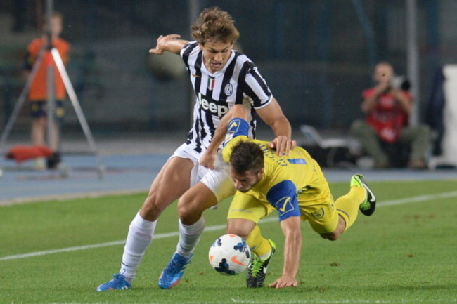 181801623-bostjan-cesar-of-ac-chievo-verona-competes-with_crop_650