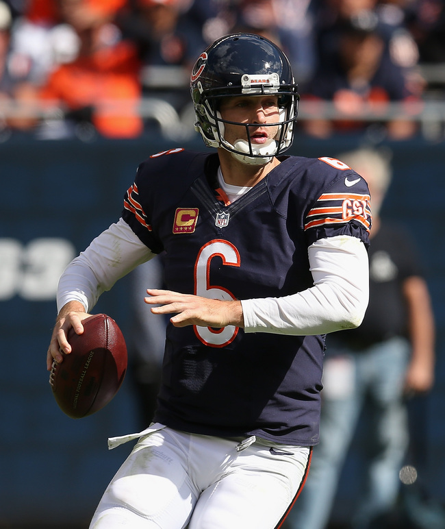 Hi-res-183484664-jay-cutler-of-the-chicago-bears-looks-for-a-receiver_crop_650