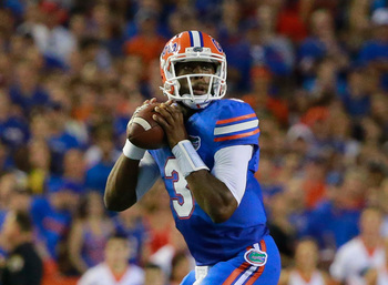 Hi-res-183573648-tyler-murphy-of-the-florida-gators-attempts-a-pass_display_image
