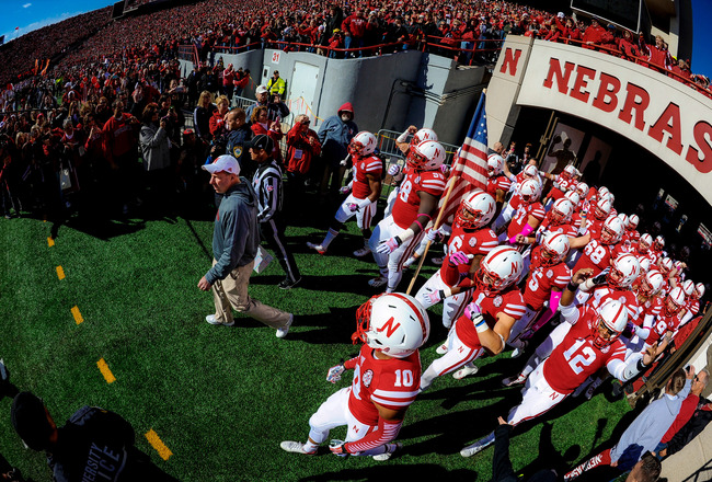 Hi-res-183170640-head-coach-bo-pelini-of-the-nebraska-cornhuskers-leads_crop_650x440