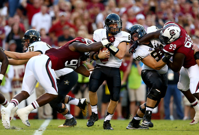 Hi-res-180585985-chaz-sutton-of-the-south-carolina-gamecocks-sacks_crop_650