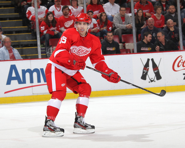 Hi-res-157158706-riley-sheahan-of-the-detroit-red-wings-skates-against_crop_650