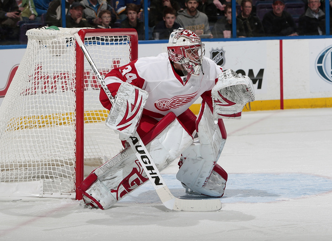 Hi-res-160917723-petr-mrazek-of-the-detroit-red-wings-defends-against_crop_650