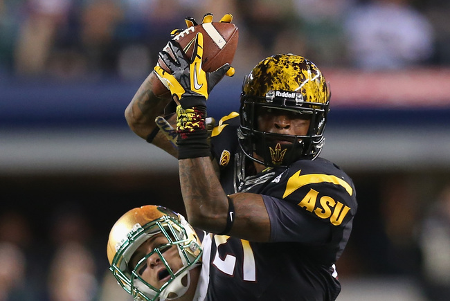 Hi-res-183192001-jaelen-strong-of-the-arizona-state-sun-devils-makes-a_crop_650