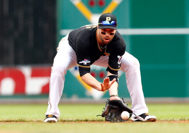 183579841-neil-walker-of-the-pittsburgh-pirates-fields-the-ball_crop_650