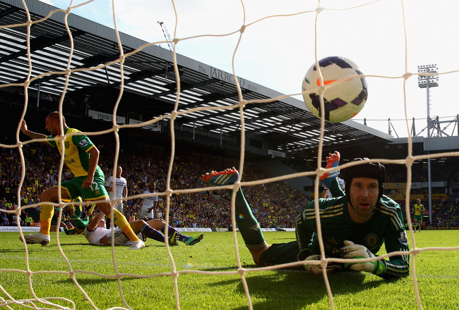 Hi-res-183435638-anthony-pilkington-of-norwich-city-turns-to-celebrate_crop_650x440
