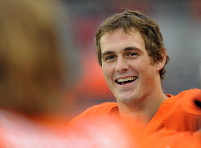 Hi-res-157285083-quarterback-sean-mannion-of-the-oregon-state-beavers_crop_650