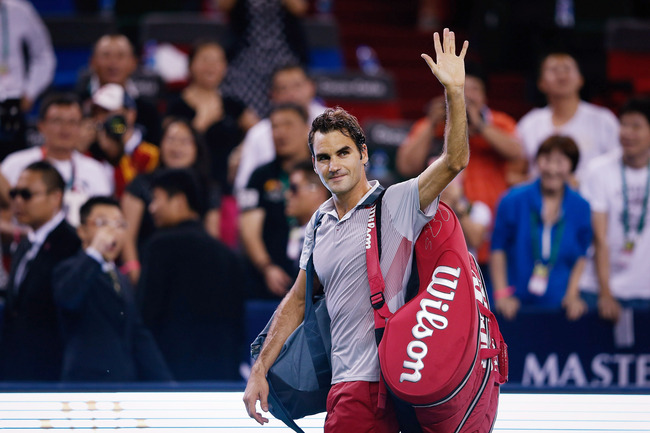 Hi-res-183697008-roger-federer-of-switzerland-celebrates-his-win-against_crop_650