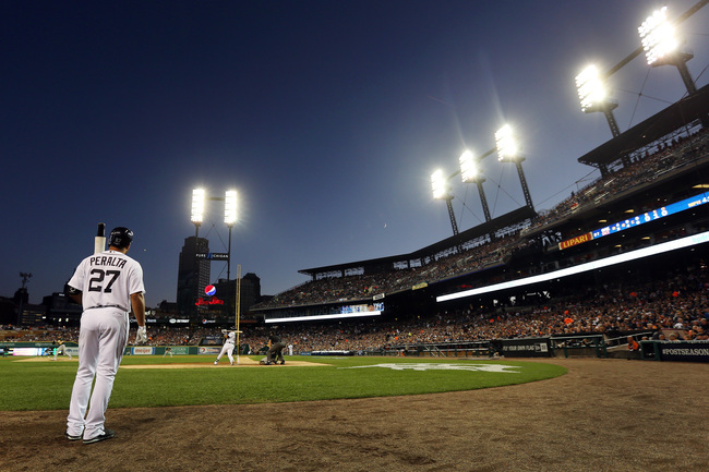 Hi-res-183669617-jhonny-peralta-of-the-detroit-tigers-waits-to-bat_crop_650