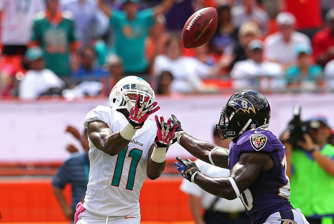 Hi-res-183447233-mike-wallace-of-the-miami-dolphins-makes-a-catch_crop_650