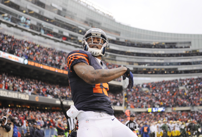 Hi-res-158430460-brandon-marshall-of-the-chicago-bears-reacts-after_crop_650x440