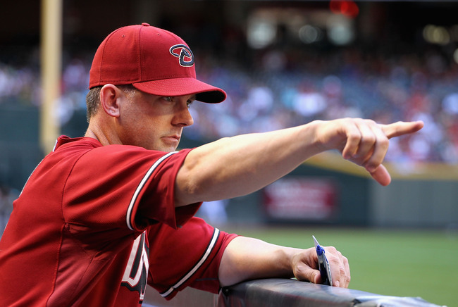 Hi-res-98398999-manager-a-j-hinch-of-the-arizona-diamondbacks-signals-to_crop_650