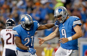 182302878-reggie-bush-and-matthew-stafford-of-the-detroit-lions_display_image