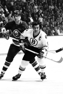 Hi-res-78932908-1970s-john-bucyk-of-the-boston-bruins-plays-against-bert_display_image