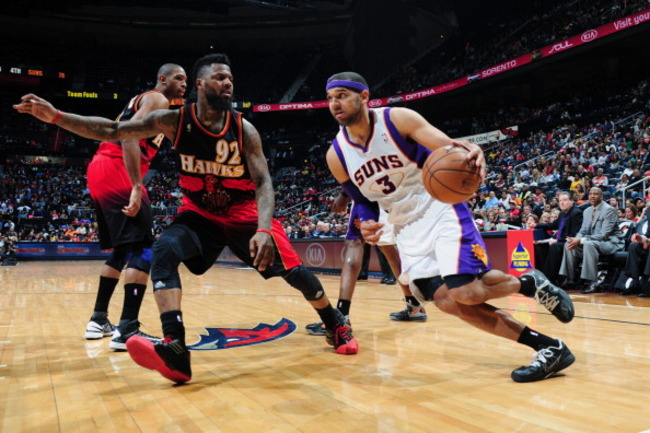 163784545-jared-dudley-of-the-phoenix-suns-against-deshawn_crop_650