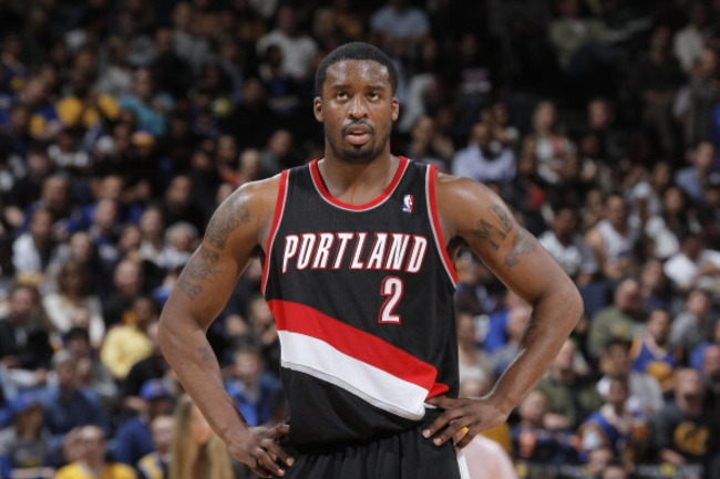 165540165-wesley-matthews-of-the-portland-trail-blazers-in-a-game_crop_650