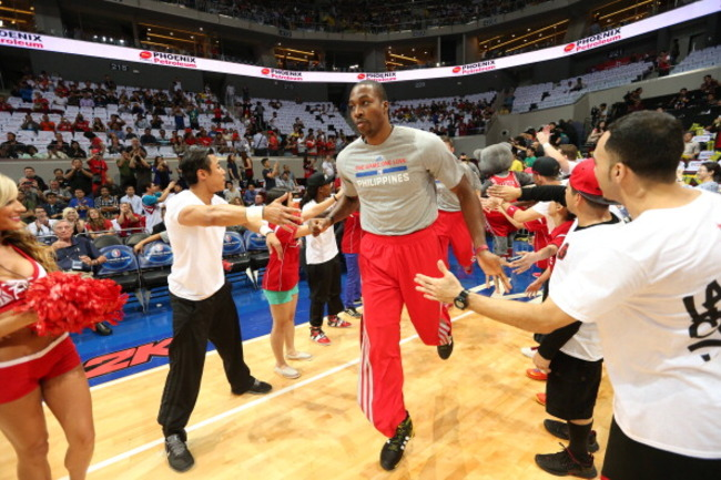 183935516-dwight-howard-of-the-houston-rockets-runs-onto-the_crop_650