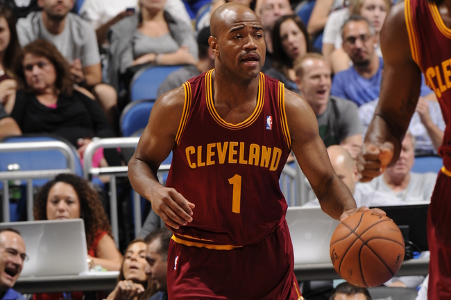 Hi-res-184192530-jarrett-jack-of-the-cleveland-cavaliers-brings-the-ball_crop_650