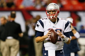 182451058-tom-brady-of-the-new-england-patriots-warms-up-prior-to_display_image
