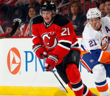 183173108-andrei-loktionov-of-the-new-jersey-devils-skates_display_image