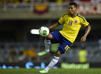 176519145-edwin-valencia-of-colombia-controls-the-ball-during-the_display_image
