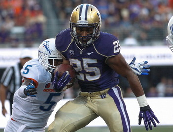 179162419-running-back-bishop-sankey-of-the-washington-huskies_display_image