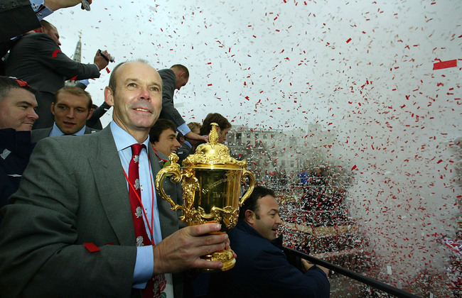 Hi-res-2792897-england-coach-clive-woodward-with-the-webb-ellis-cup_crop_650