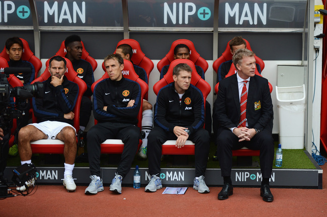 Hi-res-183164099-david-moyes-manager-of-manchester-united-sits-with-ryan_crop_650