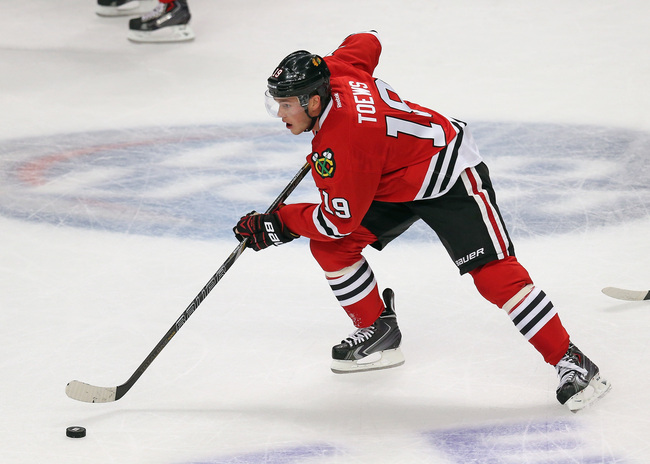 Hi-res-183101359-jonathan-toews-of-the-chicago-blackhawks-skates-against_crop_650