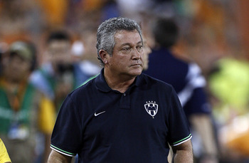 Hi-res-123732296-monterrey-head-coach-victor-manuel-vucetich-is-sent-off_display_image
