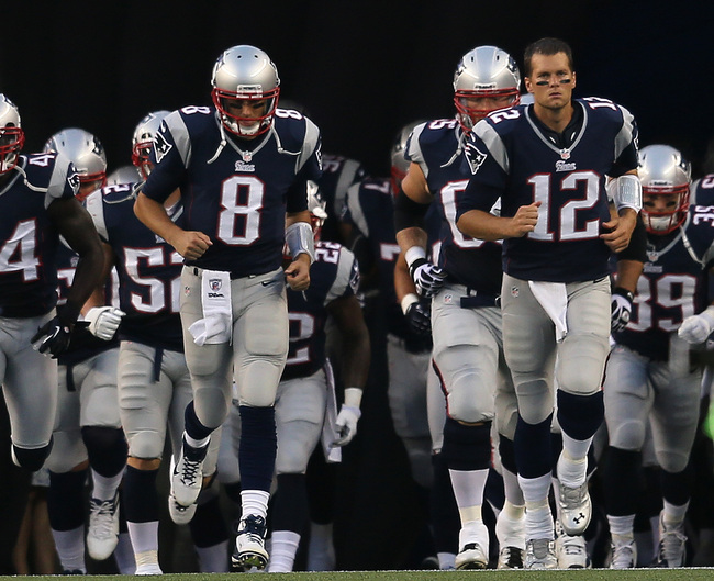 Hi-res-150214883-tom-brady-and-brian-hoyer-of-the-new-england-patriots_crop_650