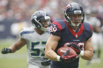 Hi-res-182305721-garrett-graham-of-the-houston-texans-catches-a_display_image