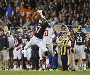 Hi-res-184002073-alshon-jeffery-of-the-chicago-bears-is-defended-by_display_image