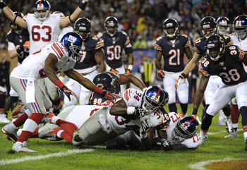 Hi-res-183989280-brandon-jacobs-of-the-new-york-giants-scores-a_display_image