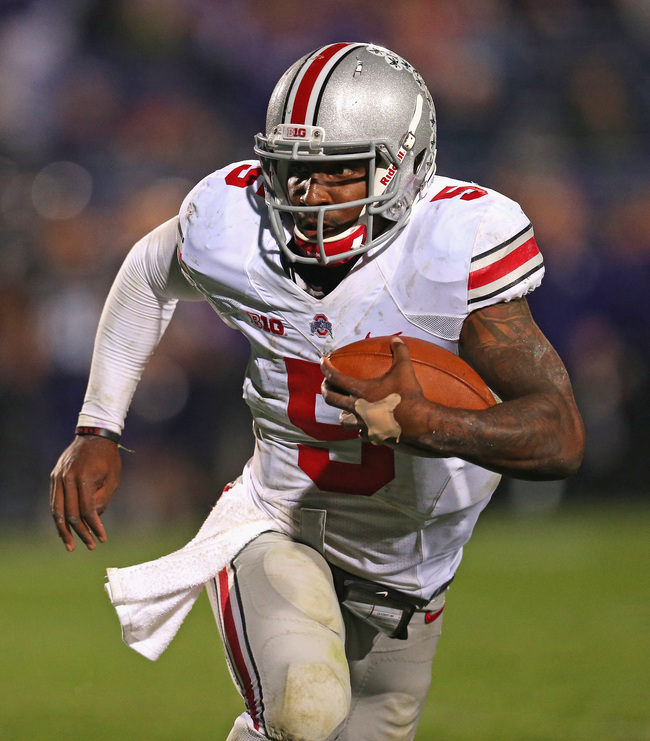 Hi-res-183715251-braxton-miller-of-the-ohio-state-buckeyes-runs-against_crop_650