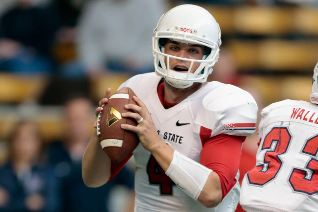 Hi-res-183196027-derek-carr-of-the-fresno-state-bulldogs-looks-to-pass_crop_650