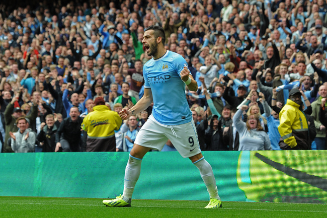 Hi-res-183151305-alvaro-negredo-of-manchester-city-celebrates-after_crop_650
