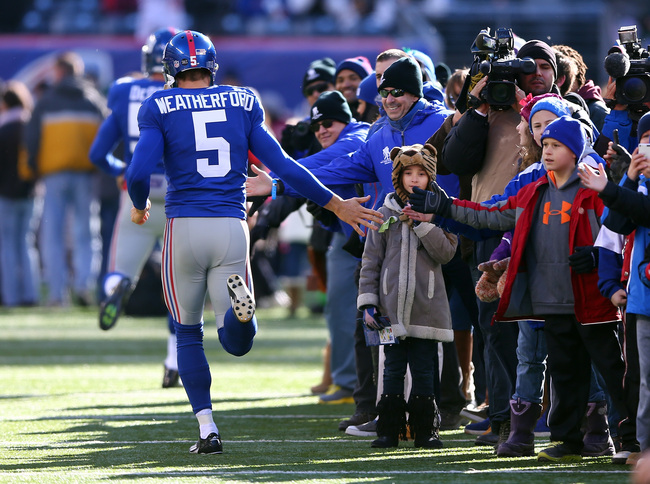 Hi-res-158815267-steve-weatherford-of-the-new-york-giants-greets_crop_650