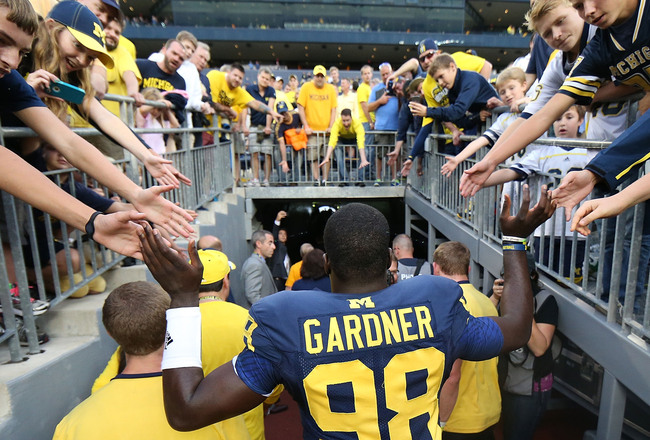 Hi-res-183179098-quarterback-devin-gardner-of-the-michigan-wolverines_crop_650x440