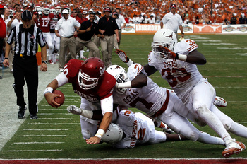 Hi-res-154062200-blake-bell-of-the-oklahoma-sooners-dives-into-the_display_image