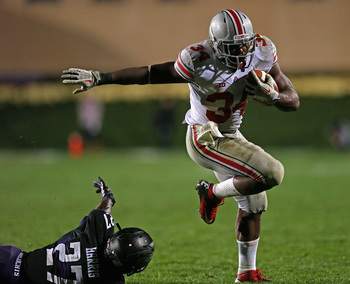 Hi-res-183715261-carlos-hyde-of-the-ohio-state-buckeyes-runs-over_display_image