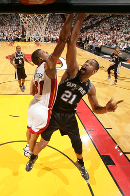 Hi-res-170984500-tim-duncan-of-the-san-antonio-spurs-goes-up-against_display_image