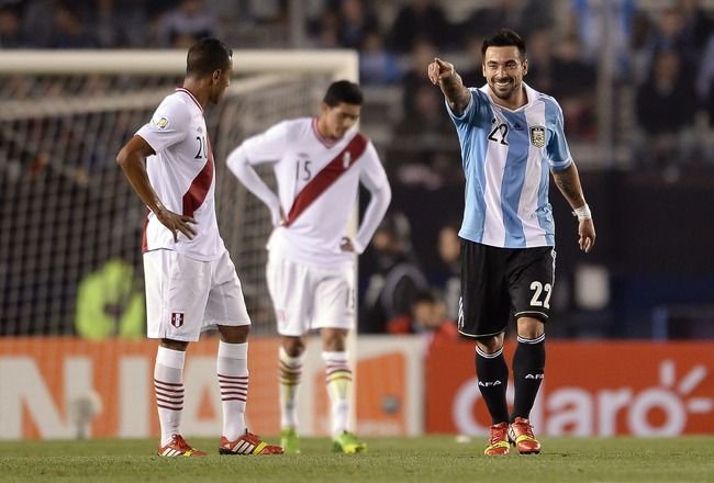 Hi-res-184155873-ezequiel-lavezzi-of-argentina-celebrates-a-scored-goal_crop_650x440