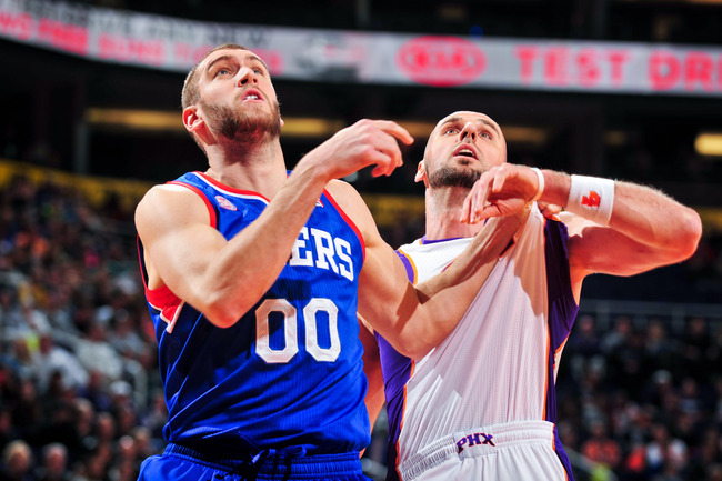 Hi-res-159054644-spencer-hawes-of-the-philadelphia-76ers-battles-for_crop_650