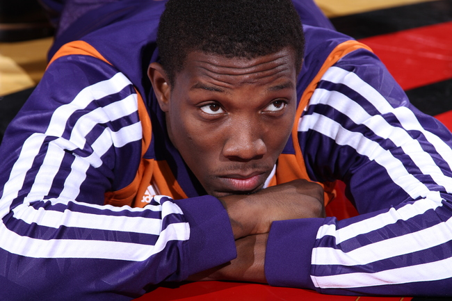 Hi-res-184459515-eric-bledsoe-of-the-phoenix-suns-warms-up-before-the_crop_650