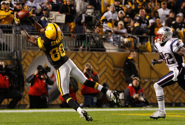 Hi-res-106879931-emmanuel-sanders-of-the-pittsburgh-steelers-catches-a_crop_650x440