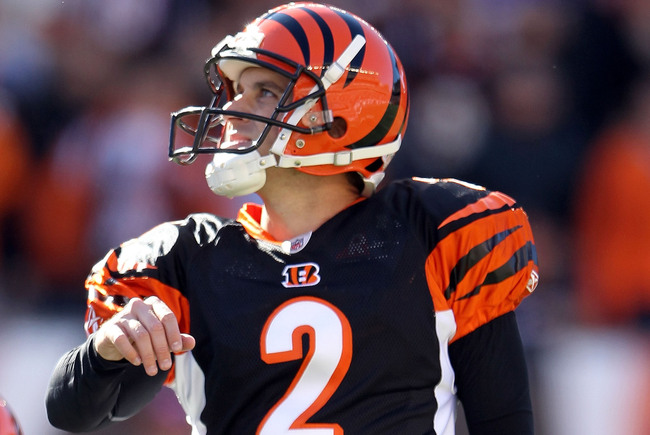 Hi-res-127883162-mike-nugent-of-the-cincinnati-bengals-kicks-the-game_crop_650