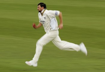 Hi-res-71020843-stephen-harmison-of-durham-runs-into-bowl-against-sussex_display_image