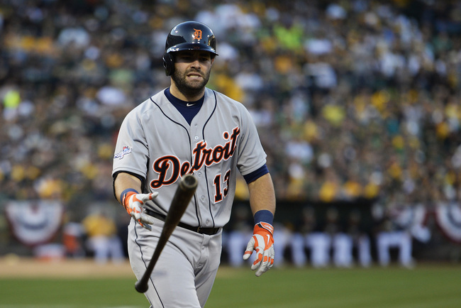 Hi-res-183989384-alex-avila-of-the-detroit-tigers-is-walked-to-load-the_crop_650