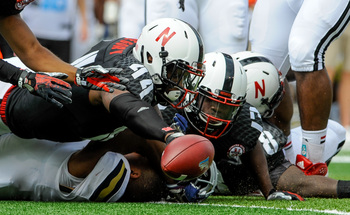 Hi-res-180922286-defensive-end-randy-gregory-of-the-nebraska-cornhuskers_display_image